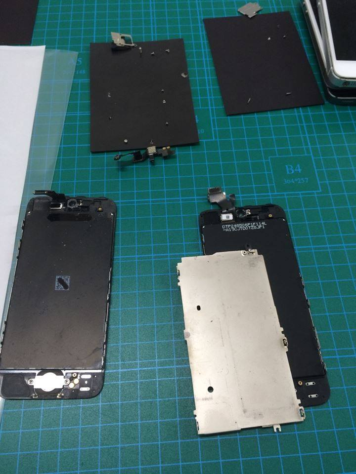 iPhone5 修理過程画像