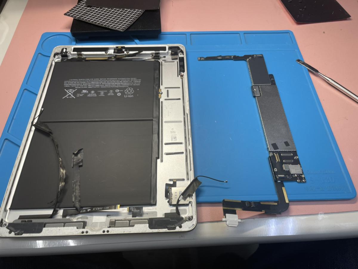 iPad充電口交換