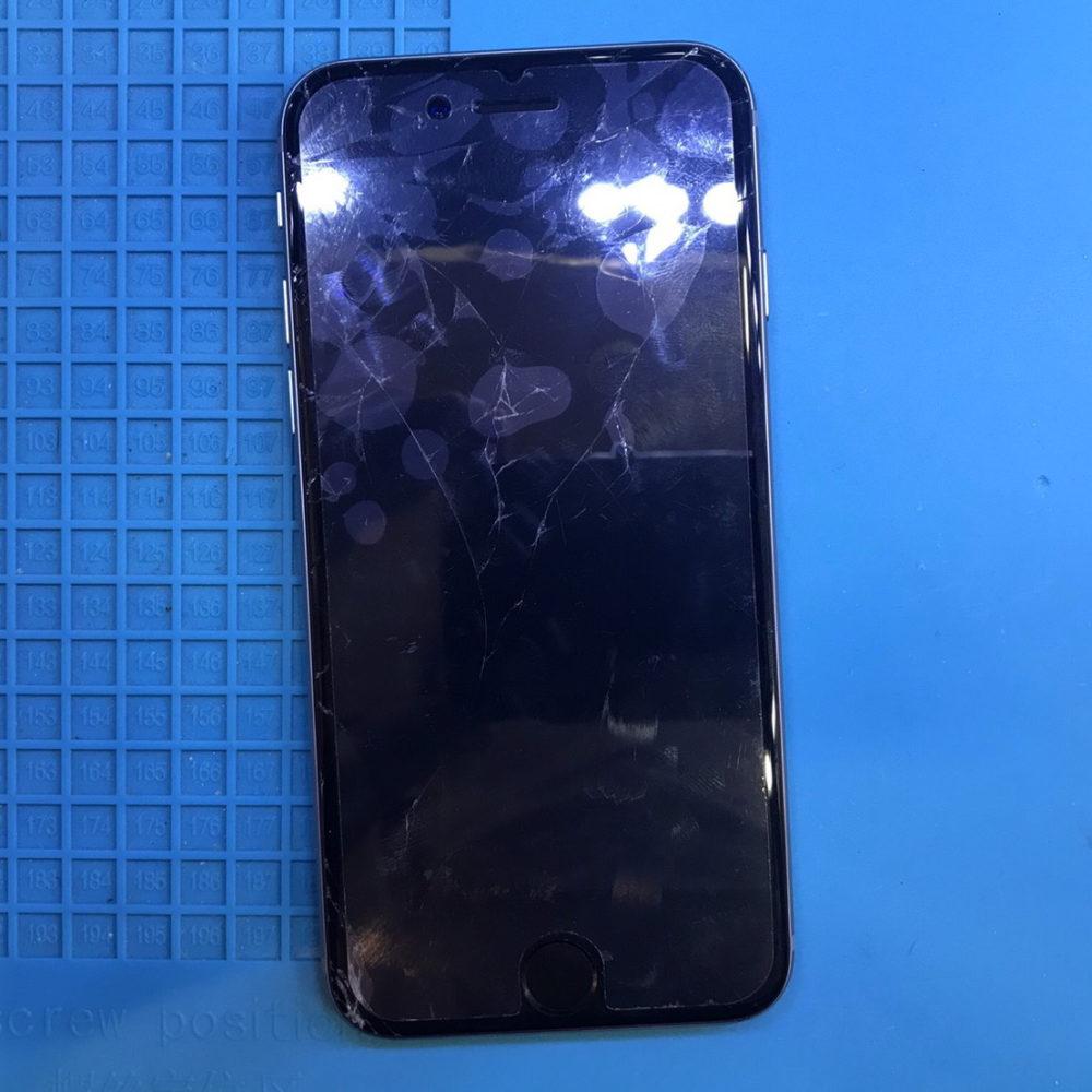 iphone6修理前画像