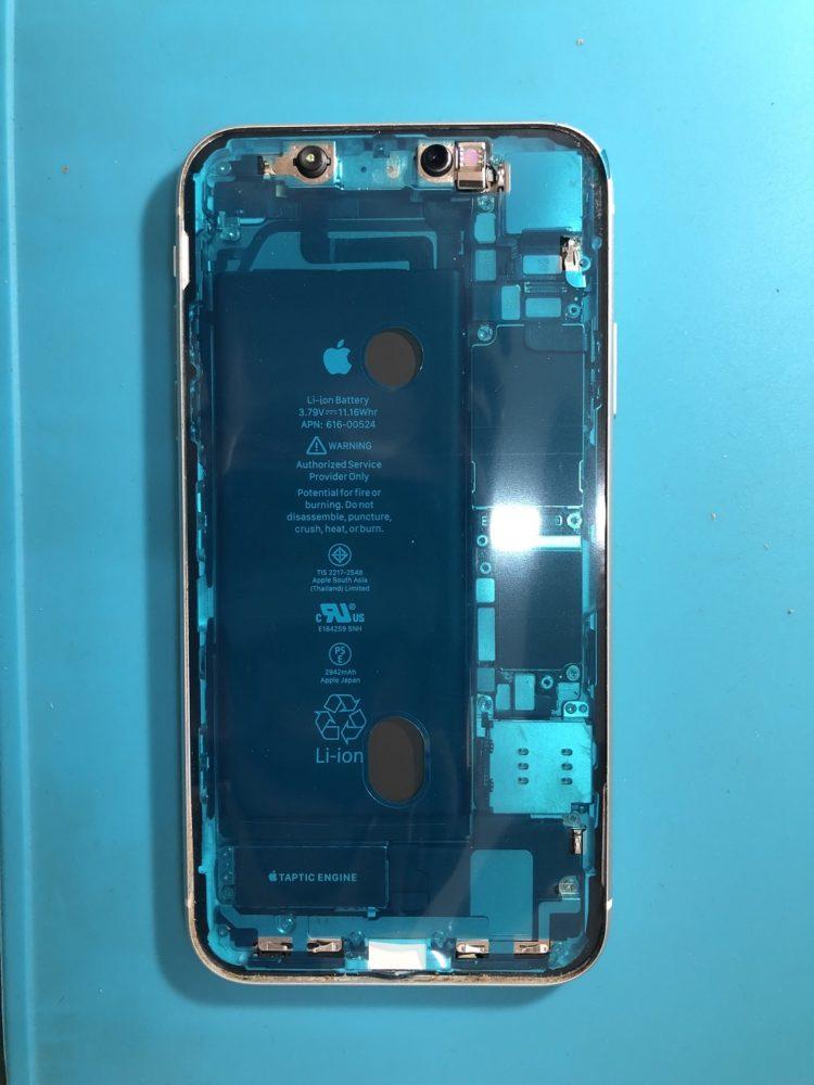 iPhoneXR 防水施工中